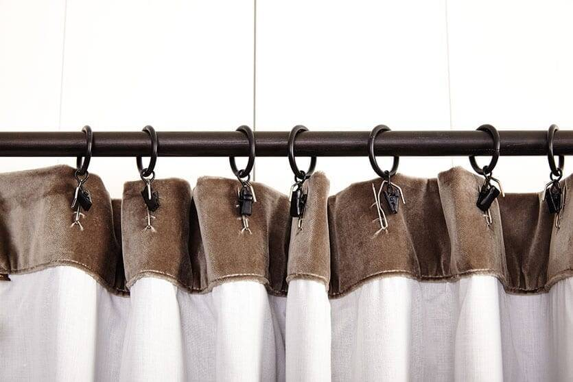 Hanging Hooks for Curtains